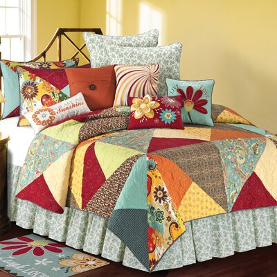 Dezra Quilt Collection
