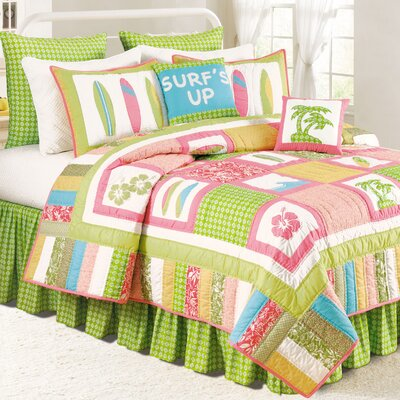 Surf''s Up Tropic Quilt Size: King
