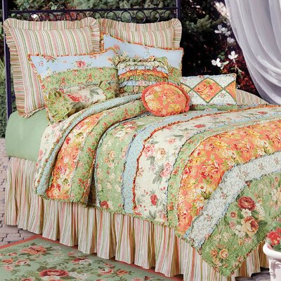 Garden Dream Quilt Size: King