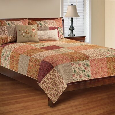 Avianna Reversible Quilt Set Size: King