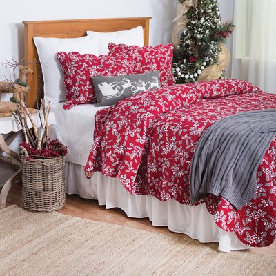 Silver Mistletoe Cotton Quilt Size: King