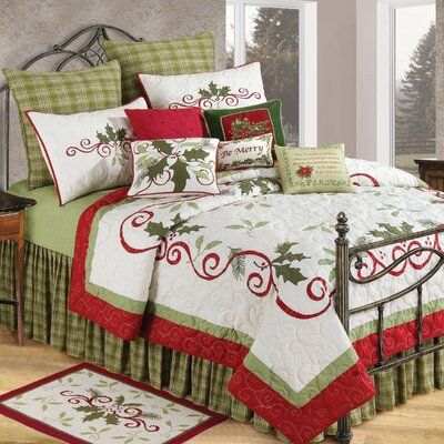 Holiday Garland Cotton Quilt Size: King
