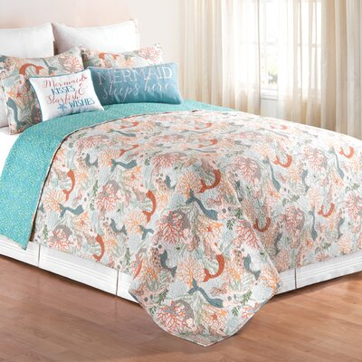 Chatsworth Quilt Set Size: King