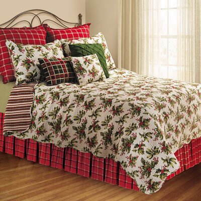 Beverly Holiday Delight Reversible Quilt Set Size: Full/Queen