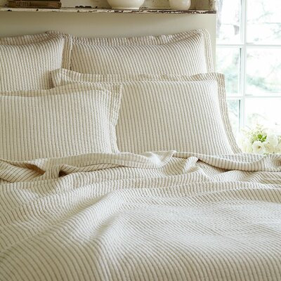 Hudson Matelasse Coverlet Color: Cream, Size: Queen
