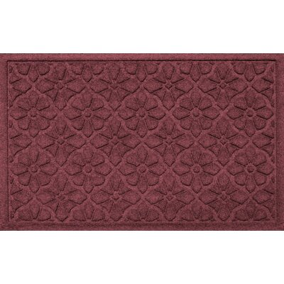 Aqua Shield Medallion Doormat Color: Bordeaux