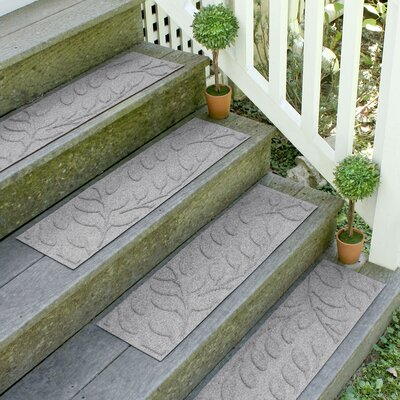 Bilmont Medium Gray Brittany Leaf Stair Tread