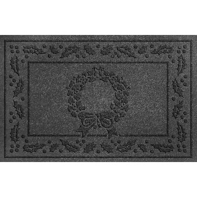Aqua Shield Wreath Doormat Color: Charcoal
