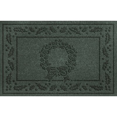 Aqua Shield Wreath Doormat Color: Evergreen