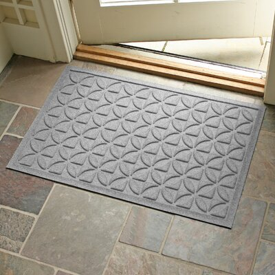 Aqua Shield Heritage Doormat Color: Medium Gray
