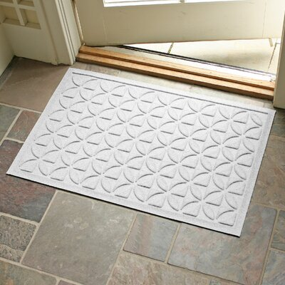 Aqua Shield Heritage Doormat Color: White