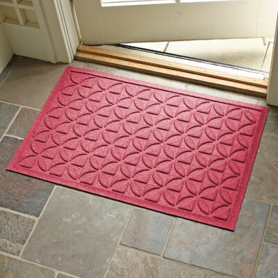 Aqua Shield Heritage Doormat Color: Solid Red