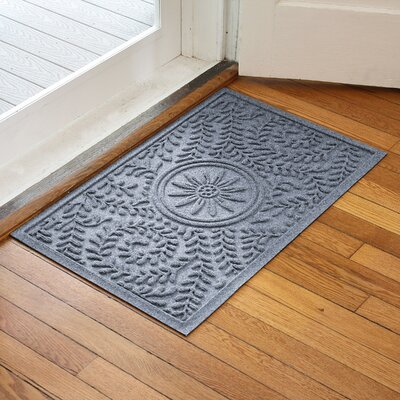 Aqua Shield Boxwood Flower Doormat Color: Bluestone