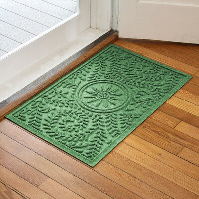 Aqua Shield Boxwood Flower Doormat Color: Light Green
