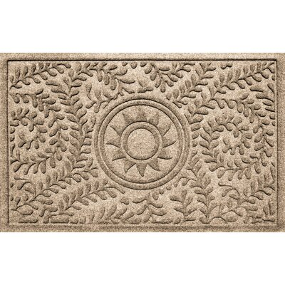 Aqua Shield Boxwood Ships Wheel Doormat Color: Camel