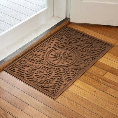 Aqua Shield Boxwood Flower Doormat Color: Dark Brown