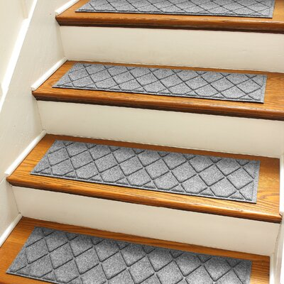 Aqua Shield Medium Gray Argyle Stair Tread