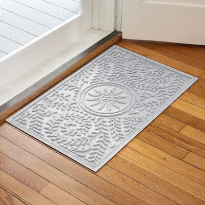 Aqua Shield Boxwood Flower Doormat Color: White
