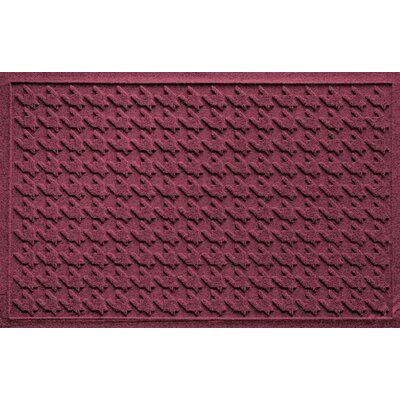 Aqua Shield Houndstooth Doormat Color: Bordeaux