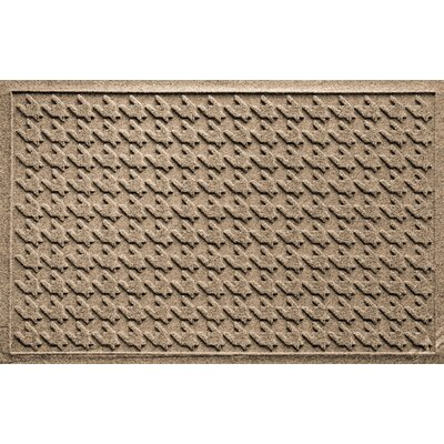 Aqua Shield Houndstooth Doormat Color: Camel