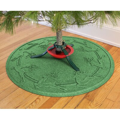 Aqua Shield Reindeer Run Christmas Tree Doormat Color: Light Green
