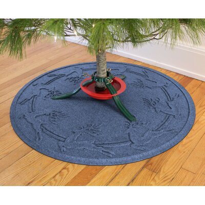 Aqua Shield Reindeer Run Christmas Tree Doormat Color: Navy