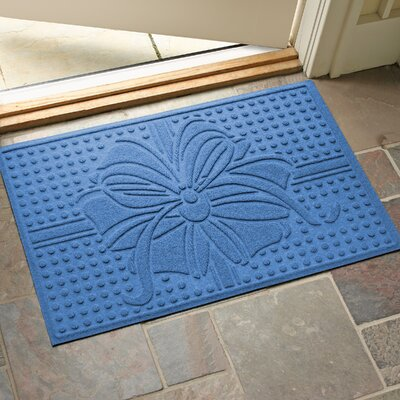 Wrap It Up Outdoor Doormat Color: Medium Blue