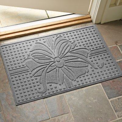 Wrap It Up Outdoor Doormat Color: Medium Gray