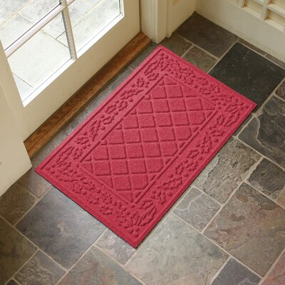 Olivares Diamond Holly Outdoor Doormat Color: Solid Red