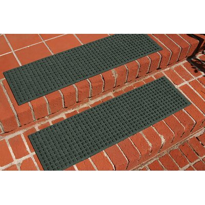Amald Squares Stair Tread Color: Evergreen