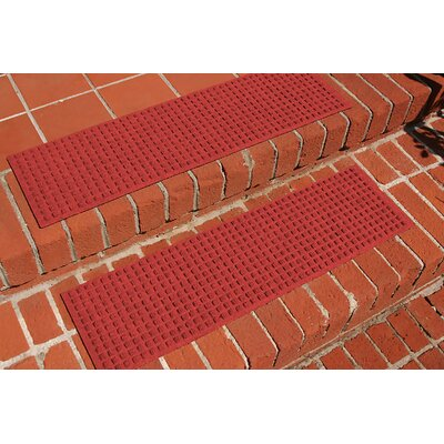 Amald Squares Stair Tread Color: Solid Red