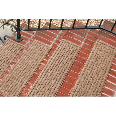 Amald Mesh Stair Tread Color: Medium Brown