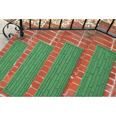 Amald Broken Brick Stair Tread Color: Light Green