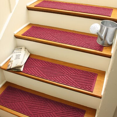 Amald Diamond Stair Tread Color: Red/Black