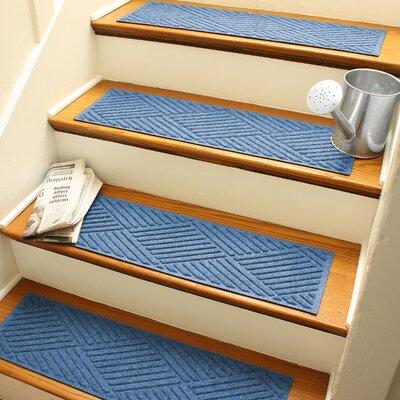 Amald Diamond Stair Tread Color: Medium Blue