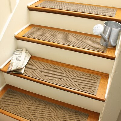 Amald Diamond Stair Tread Color: Gold