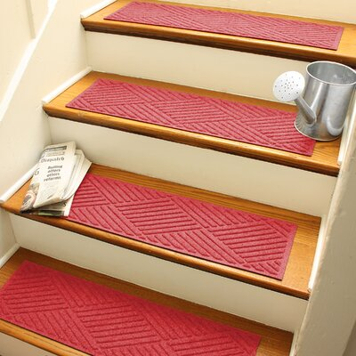 Amald Diamond Stair Tread Color: Solid Red