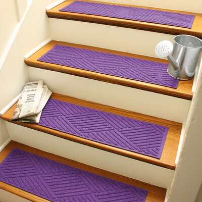 Amald Diamond Stair Tread Color: Purple