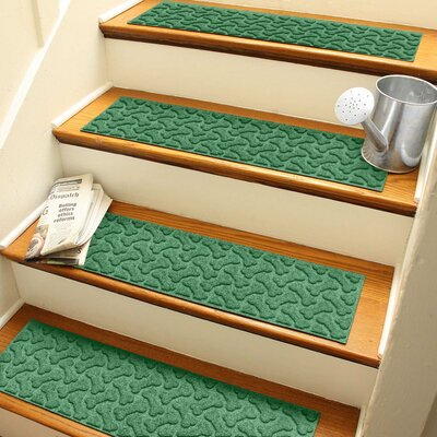 Amald Dogbone Repeat Stair Tread Color: Light Green