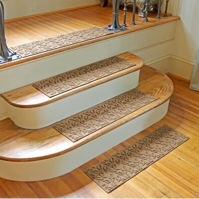 Amald Dogwood Leaf Stair Tread Color: Camel