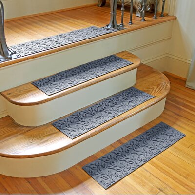 Amald Dogwood Leaf Stair Tread Color: Bluestone
