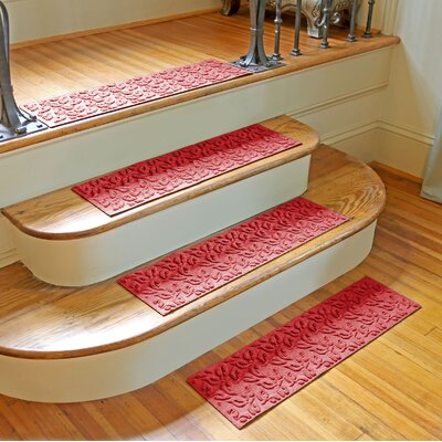 Amald Dogwood Leaf Stair Tread Color: Solid Red