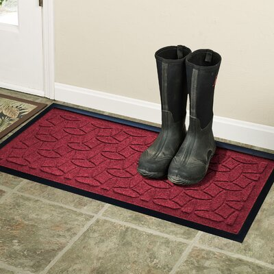 Amald Elipse Boot Tray Color: Red/Black