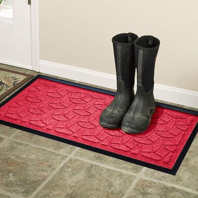 Amald Elipse Boot Tray Color: Solid Red