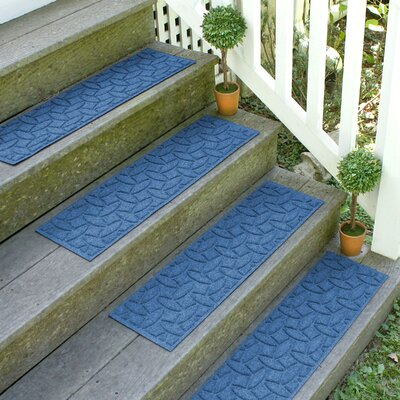Amald Elipse Stair Tread Color: Medium Blue