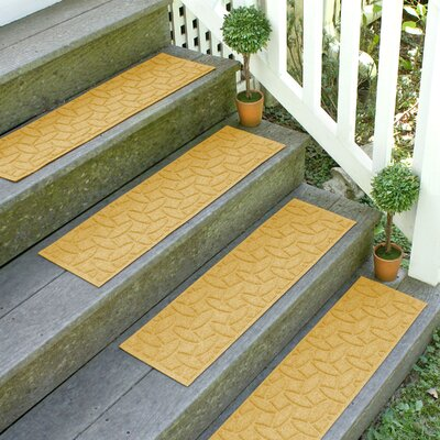 Amald Elipse Stair Tread Color: Yellow
