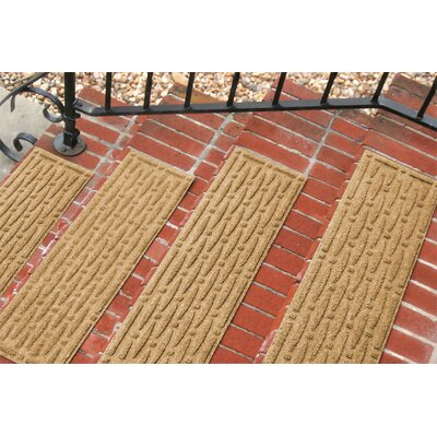 Amald Mesh Stair Tread Color: Gold
