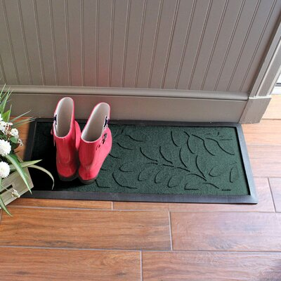 Amald Brittany Leaf Boot Tray Color: Evergreen