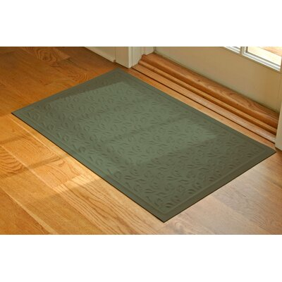 Soft Impressions Dogwood Leaf Doormat Size: 2 x 3, Color: Montego Green