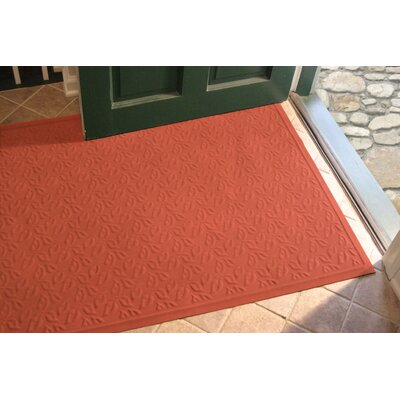 Soft Impressions Dogwood Leaf Doormat Size: 3 x 5, Color: Montego Pepper